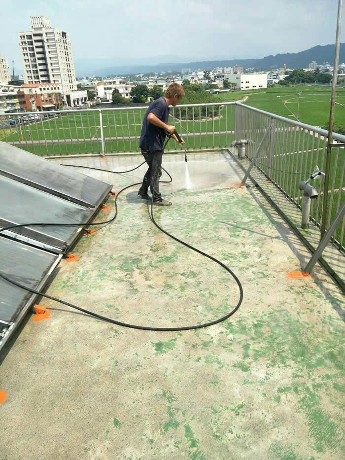 彰化屋頂刨除PU 屋頂防水整修-黃小姊